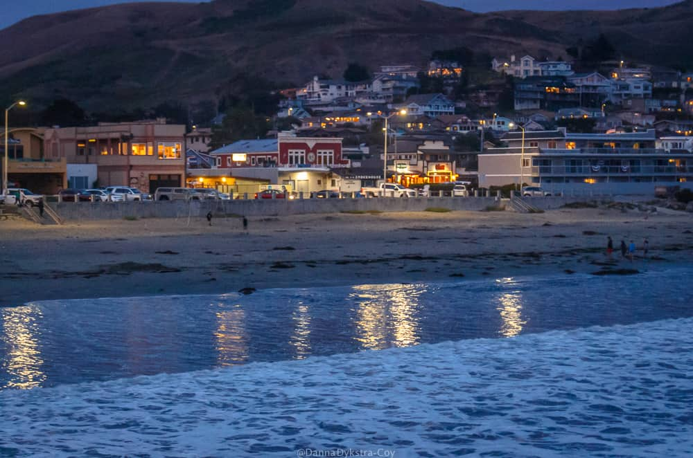 Cayucos town at night